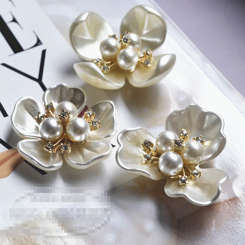 100pc FLOWER SHANK BUTTONS 14mm GOLDEN YEL sewing embellishments craft wholesale