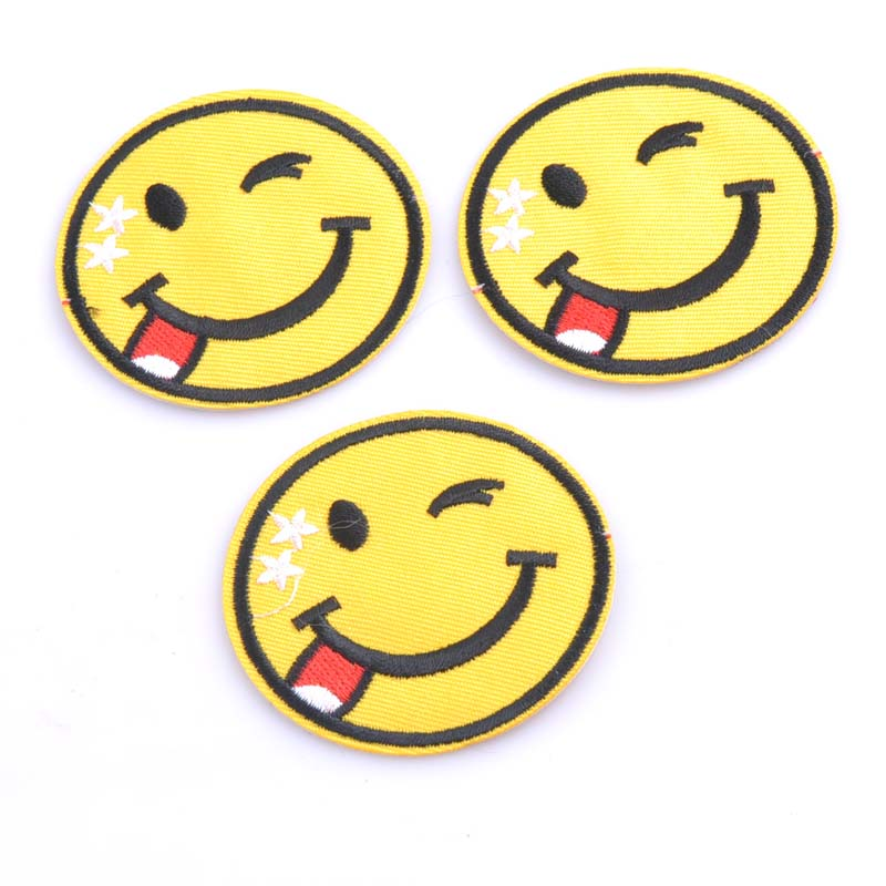 5PCs Iron On Patch DIY Smiling Face Embroidered Patches For Clothing Fabric  Badges Iron-On Sewing Patches CP0911 9518b202ed4c