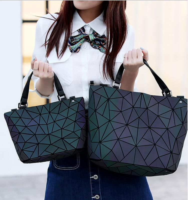 цены Kisumater luminous bag Women Geometry lattic Totes female Handbag PU Casual bag Noctilucent Free Shipping Hologram handbag