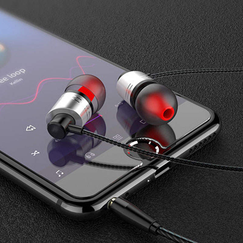gaming headphones With wheat earphone music headset headphone cable metal in ear Suitable for phones mp3/4 Remote control bass image