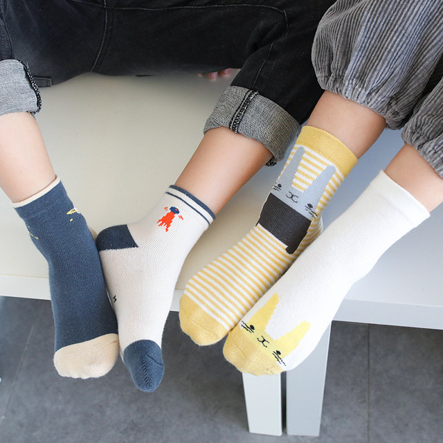 5-Pair Set of Warm Winter Socks for Girls with Cartoony Desgins