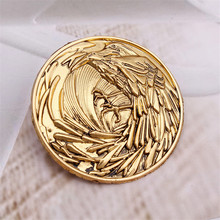 New Game of Thrones A Song of Ice and Fire Cosplay Props Jon Snow Night's Watch Crow Brooch Pin Badge Accessories(China)