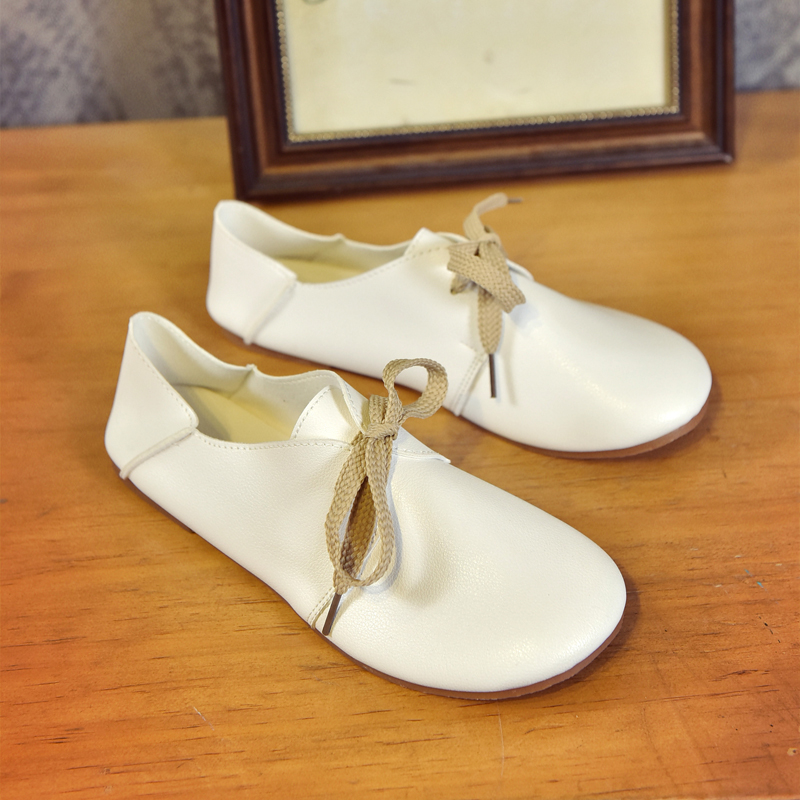 Classical Women Flat Shoes Slip On Loafers Black White Lace Up Moccasins Ladies Casual Ballet Flats Oxford Shoes Zapatos Mujer chic glitter shoes women loafers black silver lace up bowknot casual ballet flats slip on rhinestone sneakers sequins moccasins