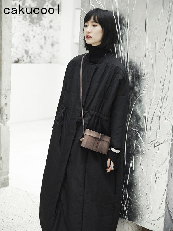 Cakucool nowa kurtka zimowa kobiety luźne szerokie średniej długości bawełny wyściełane odzieży wierzchniej Gothic japoński czarny płaszcz Parka kobiet Pluc rozmiar w Parki od Odzież damska na  Grupa 2