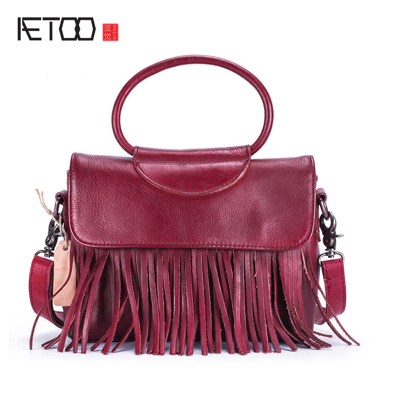 AETOO The new planted tannage leather handbags leisure retro first layer of leather tassel handbag shoulder Messenger bag new korean version of the first layer of leather pillow bag large lychee pattern handbag shoulder messenger fashion leather leat
