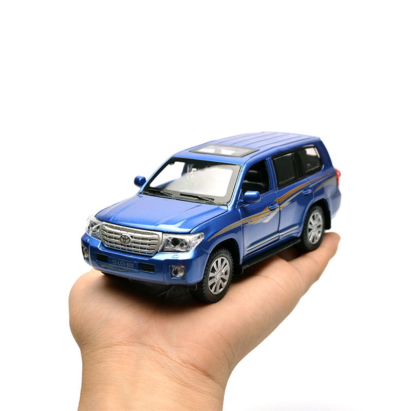 1-32-Land-Cruiser-SUV-Alloy-Car-Model-Toys-Pull-Back-LightMusic-Toys-For-Children-Boys-Diecasts-Collections-Gift-Vehicles-Toys-1