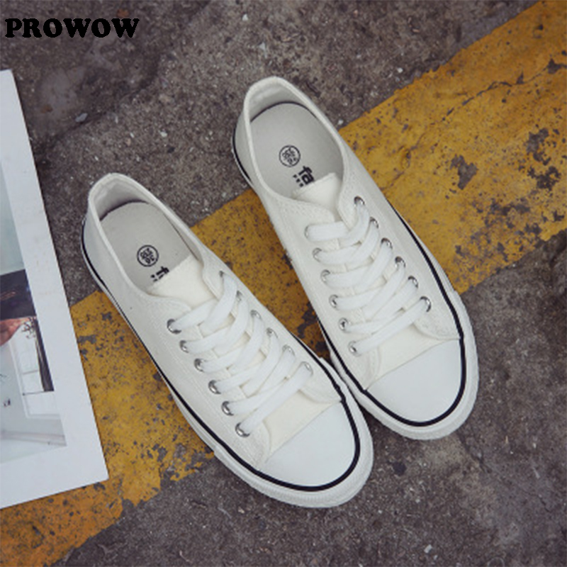 Best selling adult canvas shoes men and women fashion casual breathable shoes lovers Feel free to matchBest selling adult canvas shoes men and women fashion casual breathable shoes lovers Feel free to match