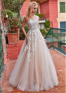 Image 4 - Marvelous Tulle Jewel Neckline A line Wedding Dress With Lace Appliques & 3D Flowers Champagne Bridal Gowns