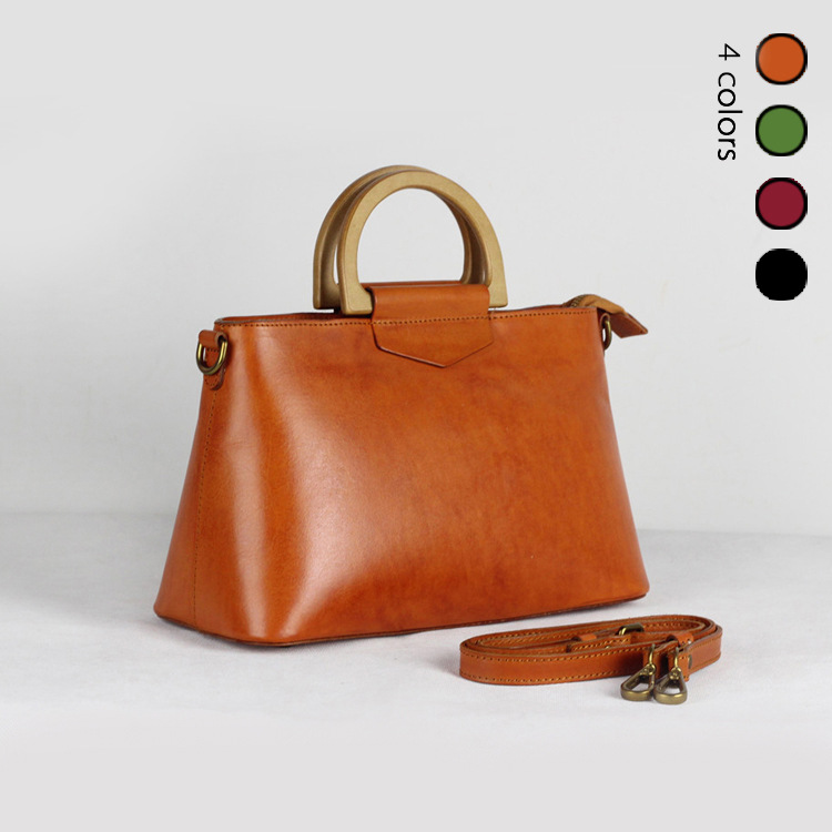 2018 Women Korea Retro Wooden Handle Handbag Flip Casual Shoulder Bag Diagonal Solid Color Vintage Bag With Gift Clutch 3