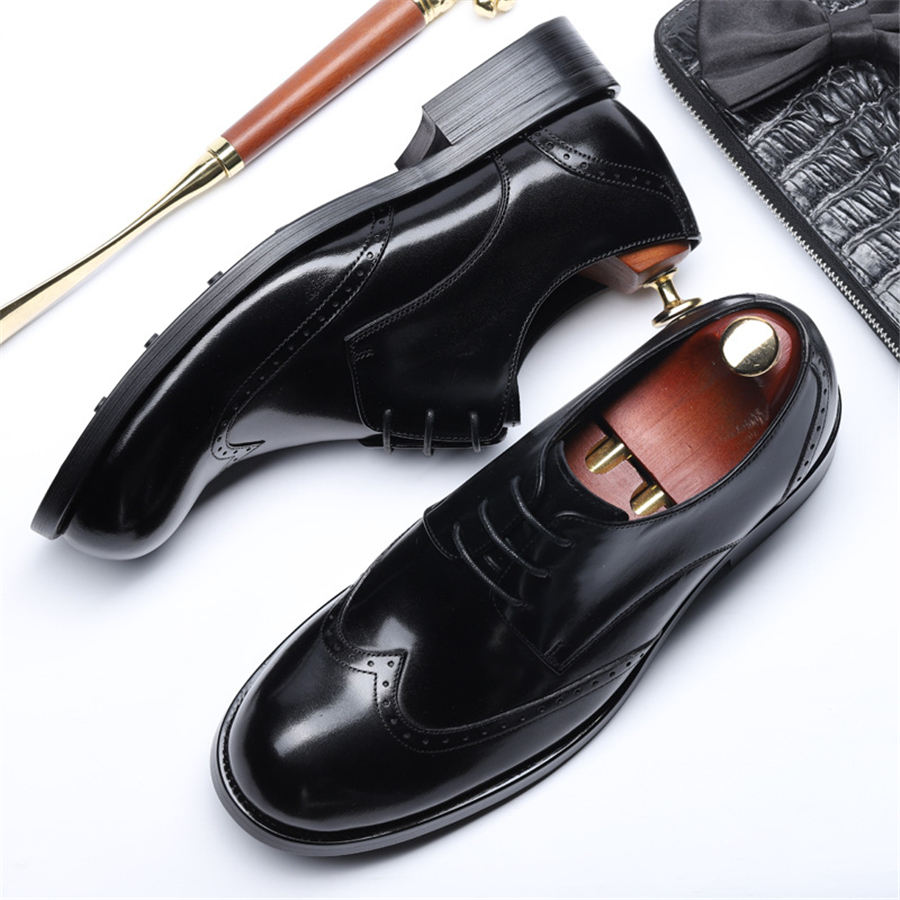 Genuine leather men brogue Business Wedding banquet shoes casual flats shoes vintage handmade oxford shoes for men lace up blackGenuine leather men brogue Business Wedding banquet shoes casual flats shoes vintage handmade oxford shoes for men lace up black