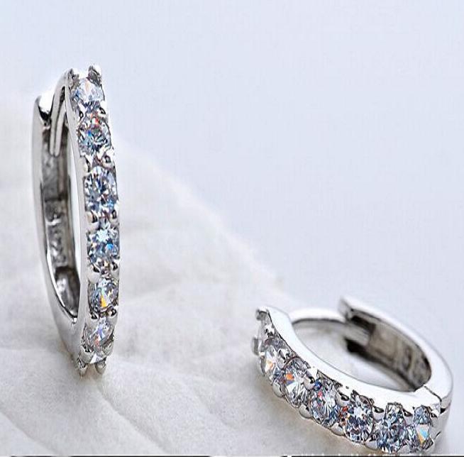 Novo 925 Sterling Silver brincos moda jewerly Single row Zircon cristal pequeno brinco de argola para as mulheres de casamento silm cilp earing