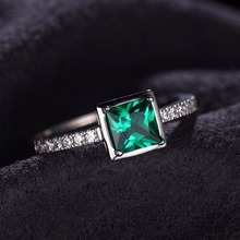 JewelryPalace Square 0.5ct Green Nano Russian Created Emerald Solitaire Ring Genuine 925 Sterling Silver Jewelry Brand New Ring