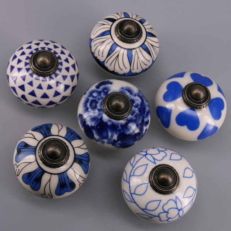1pcs Vintage Drawer Knob Blue & White Porcelain Handle Cabinet Cupboard Door Pull Kid Room Decor Creative Relief Knobs