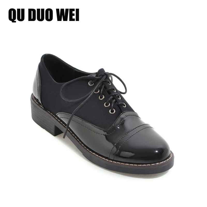 Women Flat Shoes 2018 Spring Black Patent Leather Oxford Shoes Sewing Causal Breathable Creepers Lace-Up Brogue Shoes Big Size