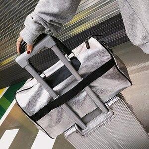 Image 4 - Silber Sport Tasche Dame Gepäck Tasche in Reisetaschen mit Tag Duffel Sporttasche Leder Frauen Yoga Fitness sac de sport Große XA806WD