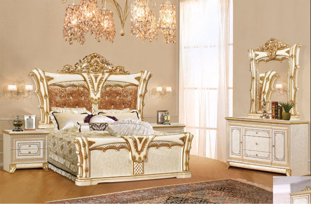 Suite de lujo muebles de dormitorio de tipo europeo estilo incluyendo 1 cama 2 mesita de noche 1 pecho un dresser y un maquillaje silla