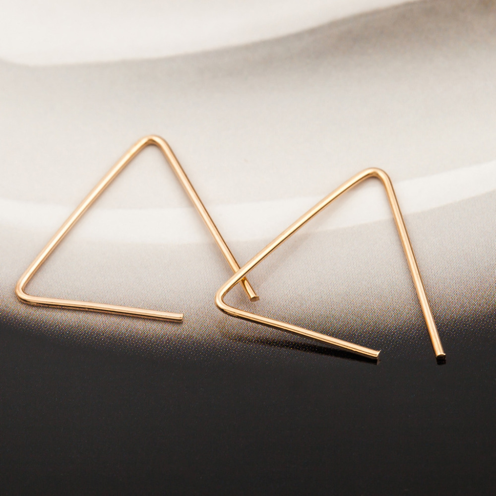 Simple Geometry Triangle Stud Earrings Gold Silver Black Plated Open Earring Women Men Fashion Accessories Jewelry Pendientes