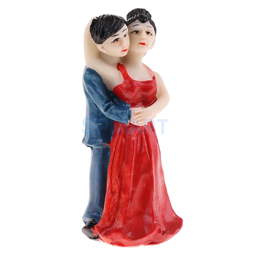1 Set Resin Family Father Mother Children Model Miniature Statue for Sandplay Sand Table Game Parts Kids Toys Craft