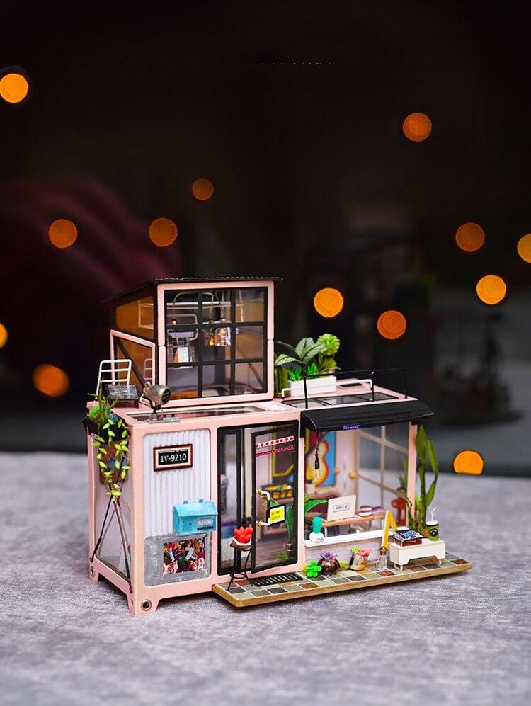 DIY 'Kevin's Studio' Miniature Doll House Model Building Kits 12