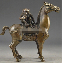 China Vintage Brass Handwork Hammered The Monkey Riding Horse Lucky Statue Crafts Home Furnishing Arts pure copper