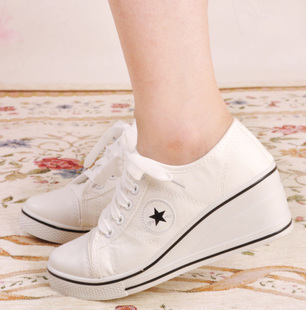 Free shipping women sneakers low top casual brand shoes woman driving  moccasins loafers white wedges sneakers canvas shoes-in Men s Casual Shoes  from Shoes ... 31bfa9639