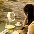 Rodada Rotação Desktop Iluminado Make-up Espelho Com Luz LED Espelho de Maquilhagem Make-up Espelho Com Luz LED belo Estilo