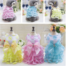 New pet clothes wholesale dog Korean version big dot yarn skirt in spring and summer