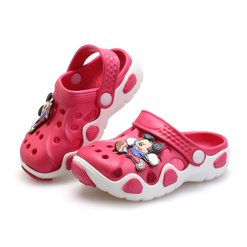 2016 Summer Kids Shoes Boys Girls Slippers Comfortable Cute Cartoon EVA  Clog Slippers Outdoor Kids Sandals Girls Beach Shoes-in Slippers from  Mother   Kids ... 008aea11ae8c