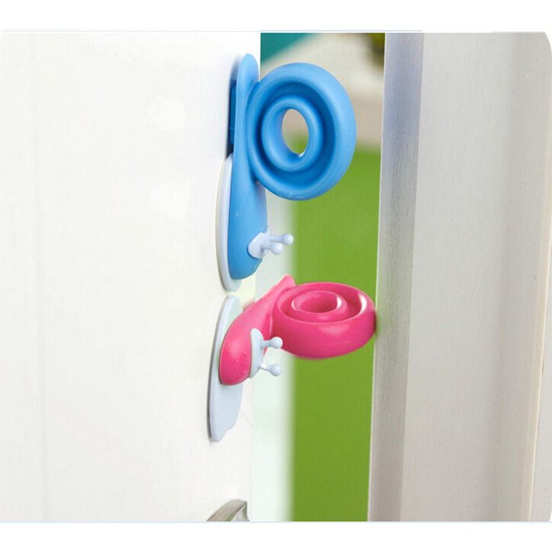 New 3pcs Child Safety Locks For Refrigerators Cabinet Baby Safety Plastic Anti-folder Snail Door Stopper Lock Baby Security
