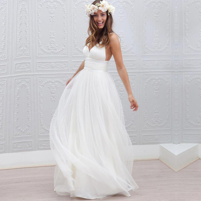 Sexy Deep V Neck Wedding Gown Tulle Beach Country Wedding Dresses