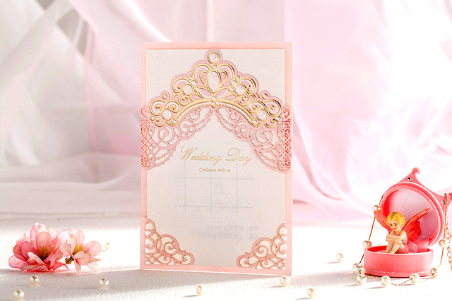 50pcslot High Quality 185130mm Pink Princess Crown Invitation