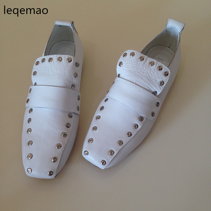 Hot Sale New Fashion Luxury Women Flats Rivets Shallow Slip-on Comfortable Soft Cow Genuine Leather Ladies Brand Casual Shoes new summer breathable men genuine leather casual shoes slip on fashion handmade shoes man soft comfortable flats lb b0009
