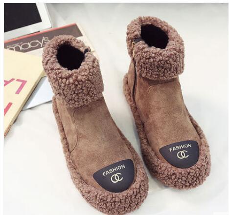 Winter 2018 Korean version joker leisure fashion new women's shoes vintage British style student flat short boots