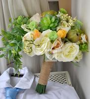 Handgemaakte kunstmatige bloem bruiloft bloem vintage witte Rozen geel groene plant