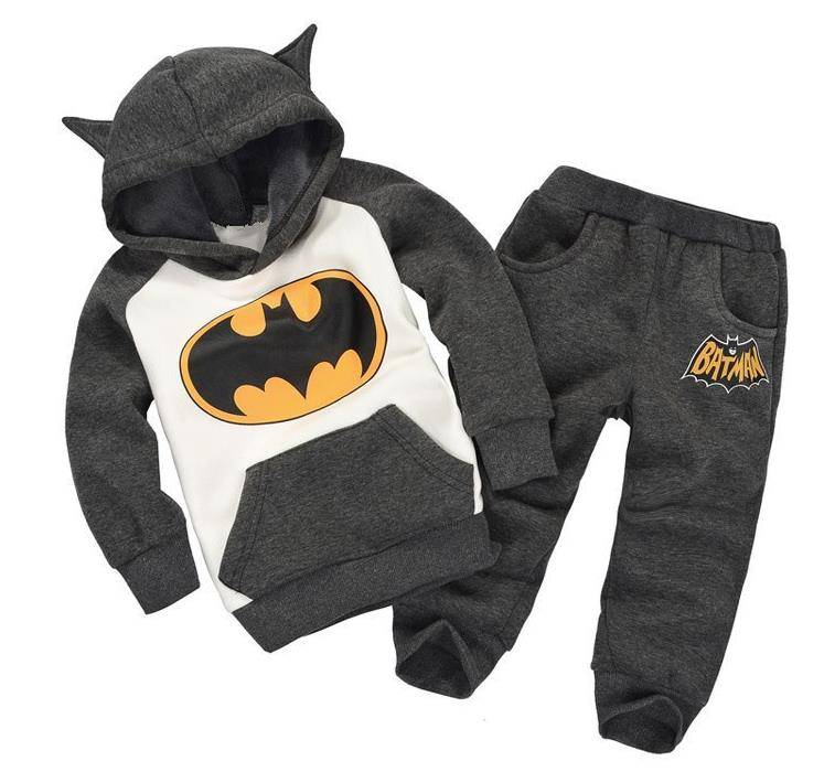 CCS186 winter childrens clothing suits batman kids tops + pants children sports suit boys clothes set retail
