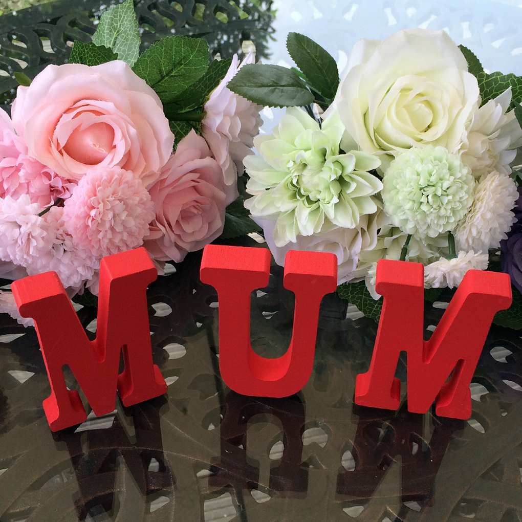 Wooden MUM Alphabet Craft for Mothers Day Anniversary Birthday Party Table Decor