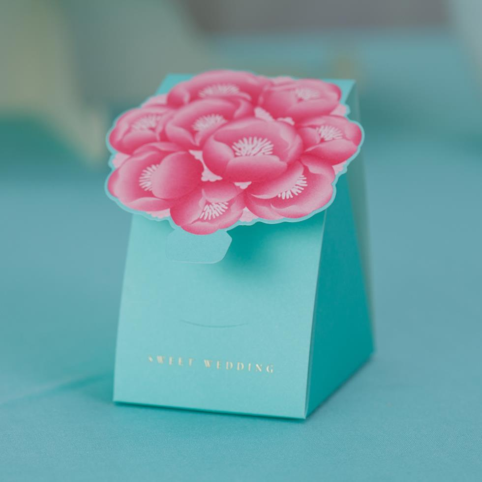 Wholesale 10 Peice Elegant Floral Wedding Favor Boxes In Roses