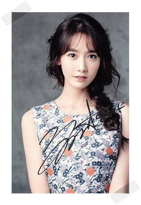 SNSD Yoona  autographed signed original photo 4*6 inches collection new korean  freeshipping 02.2017 signed snsd yoona autographed original photo holiday night 6 inches 56versions free shipping 082017