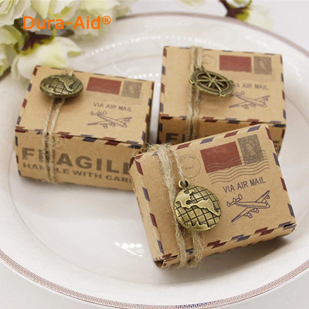 30 pcs Vintage Favors Kraft Paper Candy Box Travel Theme Airplane Air Mail Gift Packaging Box Wedding Souvenirs scatole regalo
