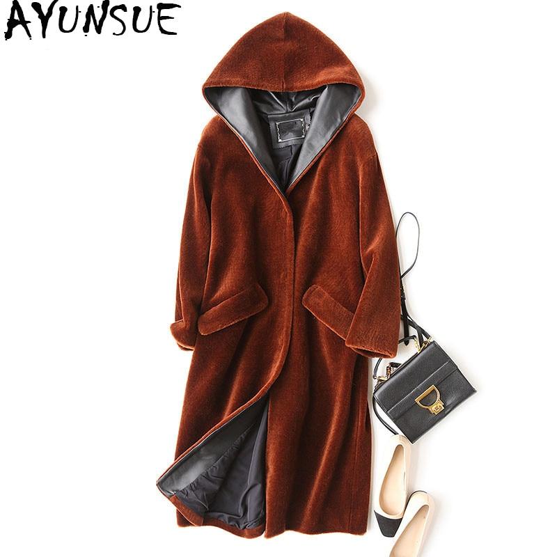 AYUNSUE 2018 Fashion Genuine Sheep Shearling Fur Coat Feamle Winter Jacket Women Natural Fur Coats Hooded Long Outerwear WYQ905