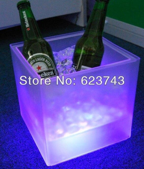 Envío Gratis cubo de hielo de plástico led, cubo de hielo de plástico que cambia de color, Enfriador de hielo de cubo de hielo luminoso, barril de cerveza brillante, barril de vino