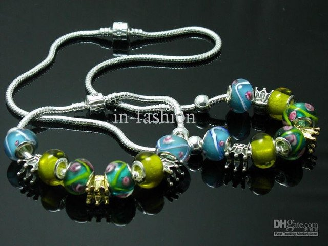 Wholesale - 925 sterling silver fashion charm design green simulated diamond pandro necklace and bracelet