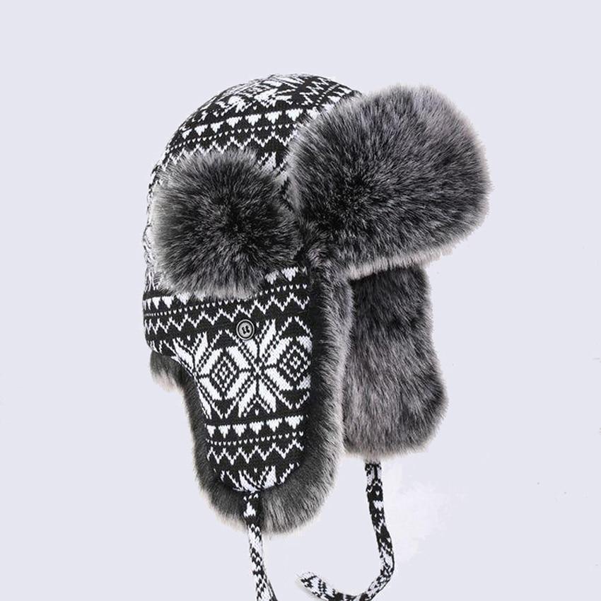 Cappelli invernali e con pelliccia Nero Bianco delle Donne degli uomini di  Lana di Lavoro A Maglia Fiocchi di Neve di Spessore Del Cappello Trapper  Faux ... 967a85447363