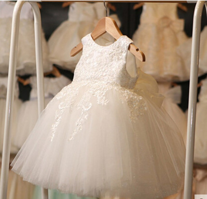 Ball Gown   Flower     Girl     Dresses   White Lace Tulle Knee Length Kids Party   Dress   Gown 2017 Cheap   Girl     Dress