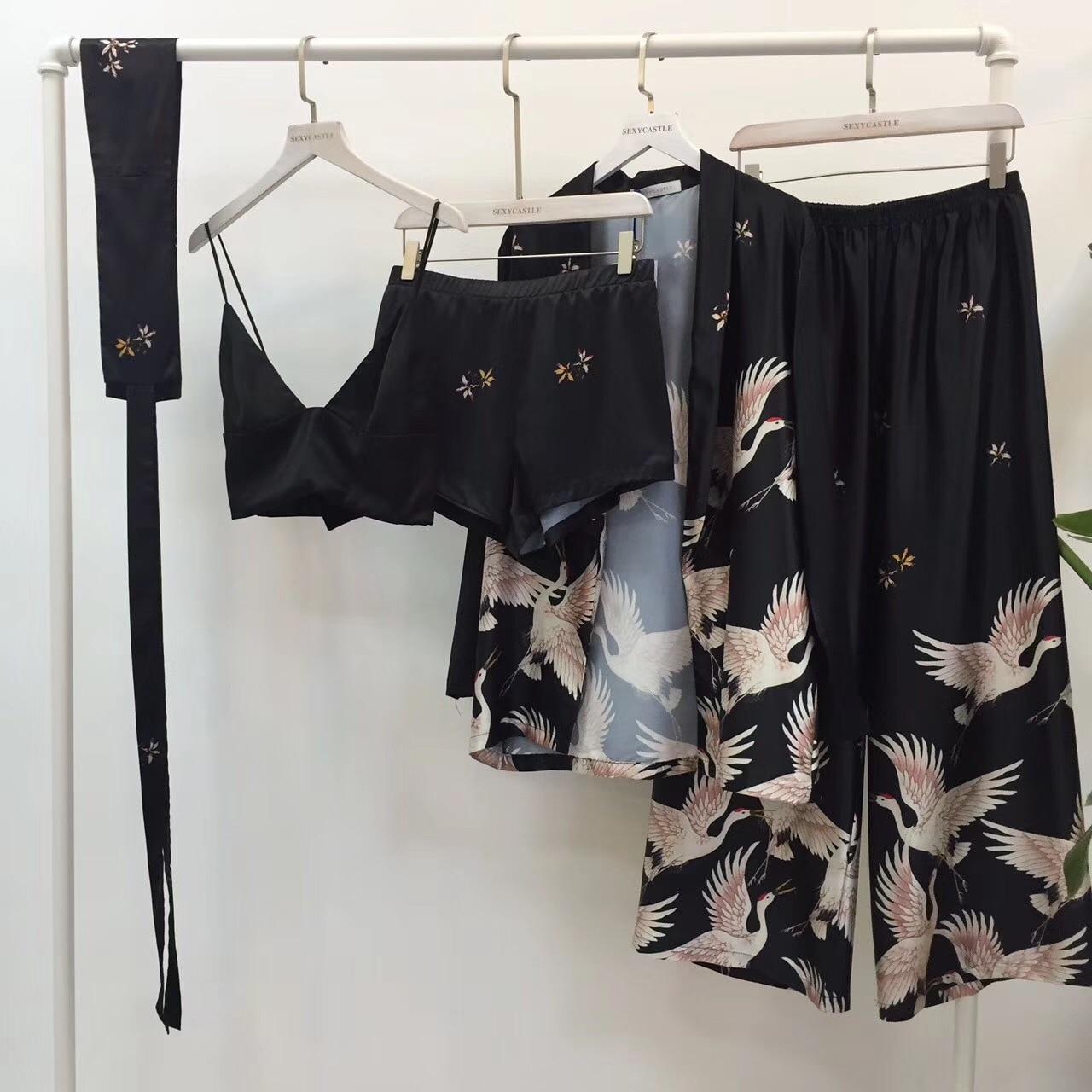 2018 New Fashion Brand Spring Autumn Women's Satin Silk Pajamas Cranes Print Five Piece Pants Set Home Clothing Casual Nightwear