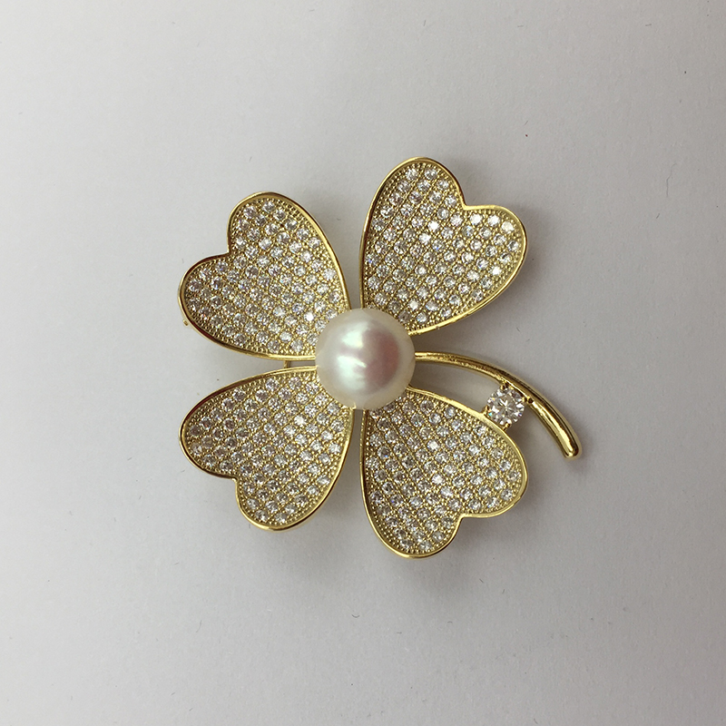 Sinya Natural Pearl Four leaves design Brooch lucky Clover Gold plated Brooches New arrival 2018 pink purple white optional (12)