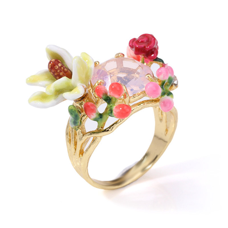 Luxury romantic statement flowers gem rings for women enamel glaze rose bud ring lady party jewelry chic artificial gem shell embossed ring for women
