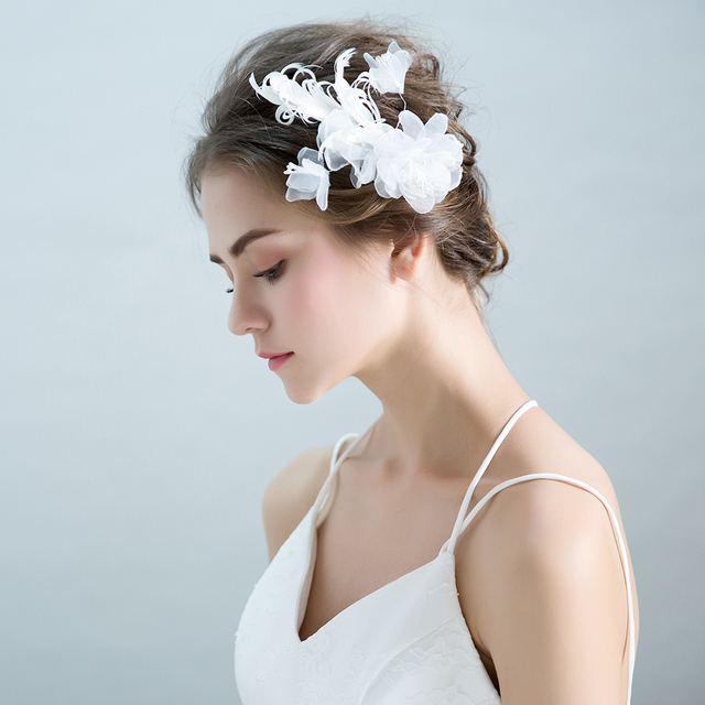 4b0cf0b082c0f Modest Yarn White Flower Headdress Hair Ornaments Princess Bridal Wedding  Barrettes Hair Clips Floral Girls Party