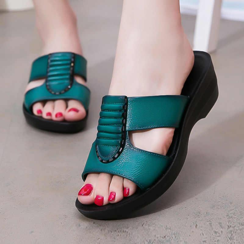 Giày Xăng Đan nữ Giày Nữ Giày Nữ Thời Trang Nêm Giày Sandal Hở Ngón Chắc Chắn Da Mềm Mẹ Giày Dép Nữ Dép Nữ Flat