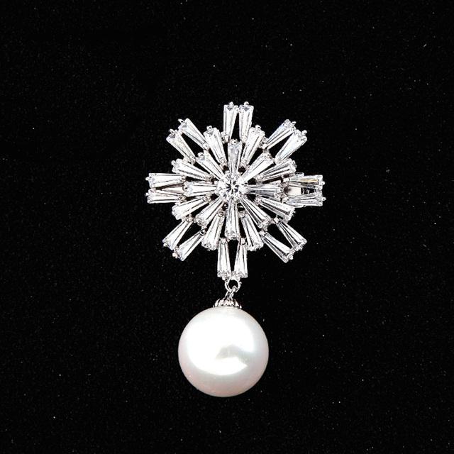 Nova glamorous bling lasca micro pave cz retângulo de cristal do natal do floco de neve com buquê de broche de pérolas para as mulheres